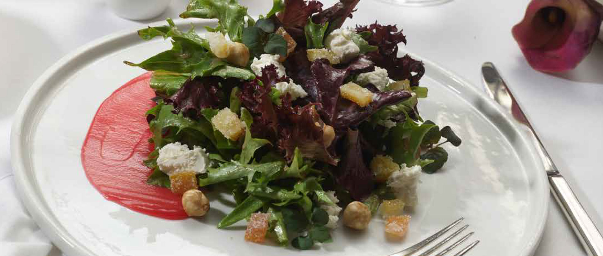 Steakhouse Beet Goat Cheese Salad
